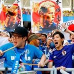 2018 World Cup: fans of Japan impress by meticulously cleaning their ranks and seats in the stadium.
