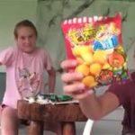 Trying 5 Japanese smacks ( part 1 )