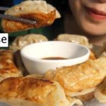 ASMR    Eating Gyoza Japanese * No talking *