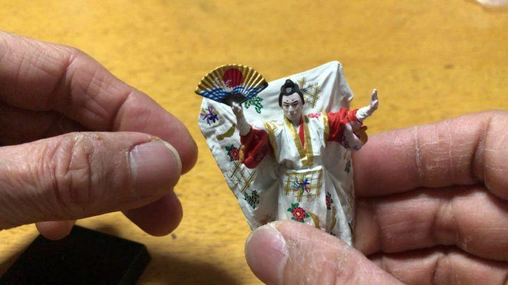 Kabuki figure!