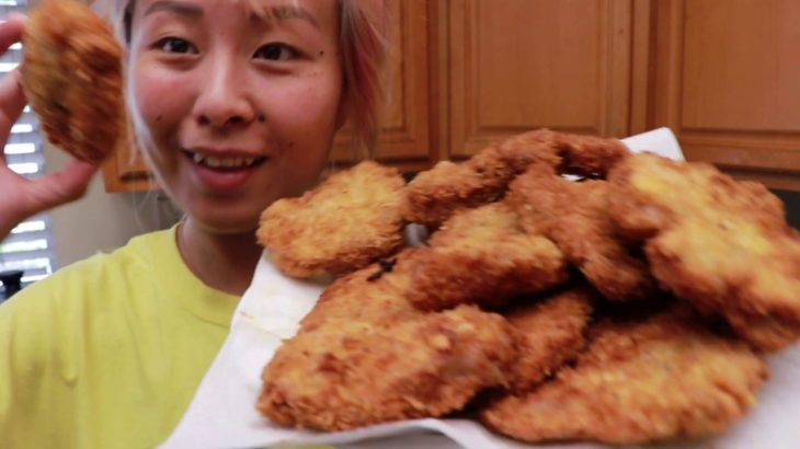How to Make Tonkatsu #RainaisCrazy | Raina's Kitchen Tonkatsu Recipe (Japanese Fried Pork Chop)