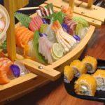 Japanese Food SUSHI SASHIMI Eating Family Yummy