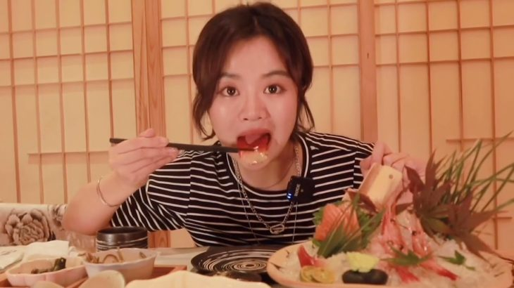 Tuna [wei] Swallowing Japanese food, the environment comes in and feels one